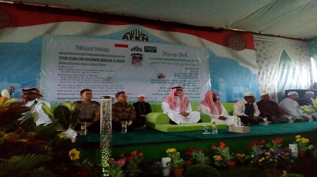 Dubes Saudi Syekh Osama dan Pimpinan Pesantren Nuu Waar Ustadz Fadlan