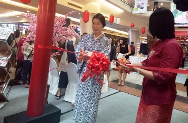 Ishii Sayoko, Istri dari Duta Besar Jepang untuk Indonesia, (Foto Dije)