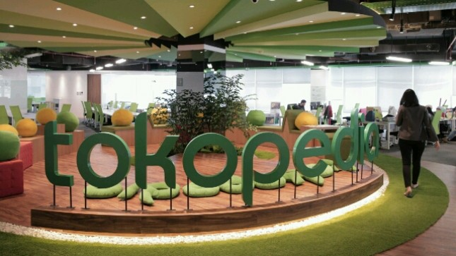 e-Commerce Tokopedia (Ist)