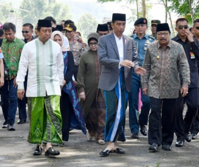 Presiden Jokowi Hadiri Haul Majemuk Masyayikh di Situbondo (Foto Setpres)