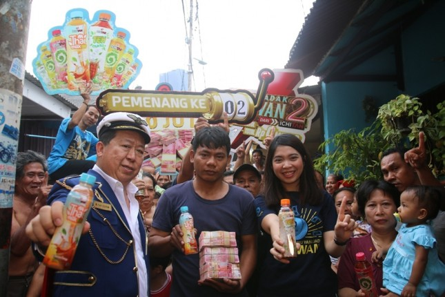 Pemenang Program Mendadak Jutawan 2 Dari ICHITAN asal Menteng, Jakarta. (Dok Industry.co.id)