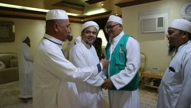 Ketum Parmusi Usama Hisyam kiri dan Habib Rizieq