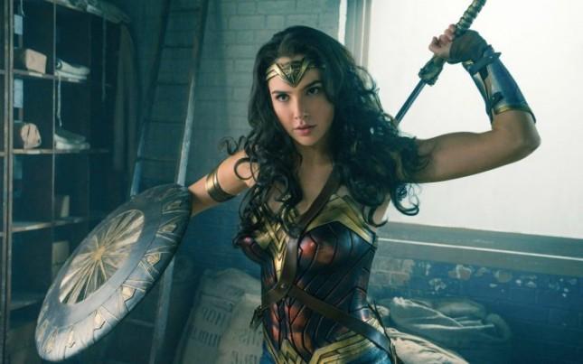Gal Gadot dalam film 'Wonder Woman'. (Source: Metro UK)