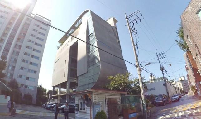 Gedung kantor YG Entertainment. (Foto: YouTube)