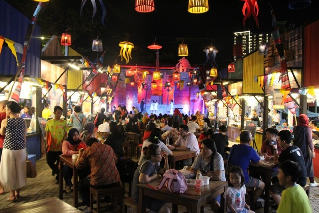 Kuliner Street Food Kekinian di Pasar Senggol Summarecon Mal Bekasi