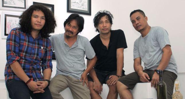 Plisit Band, Dari Palu Coba Taklukan Indonesia Lewat Karya