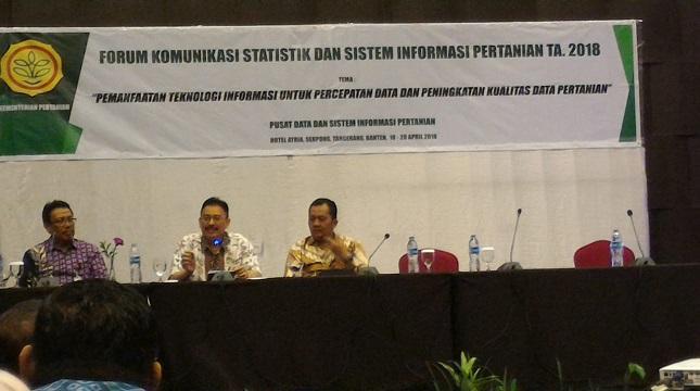 Sekjen Kementerian Pertanian Syukur Irwantoro tengah.