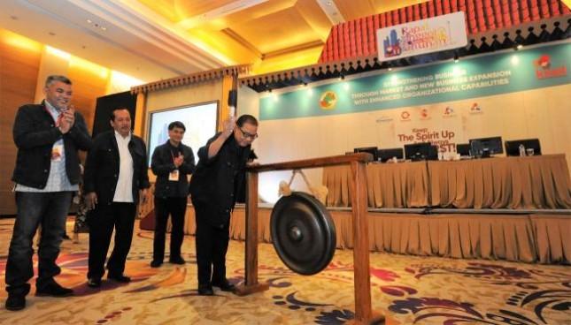 Menteri Koperasi dan UKM Puspayoga membuka Rapat Anggota Tahunan Koperasi Telekomunikasi Seluler (Kisel) tahun buku 2017, di Jakarta Senin (23/4/2018)