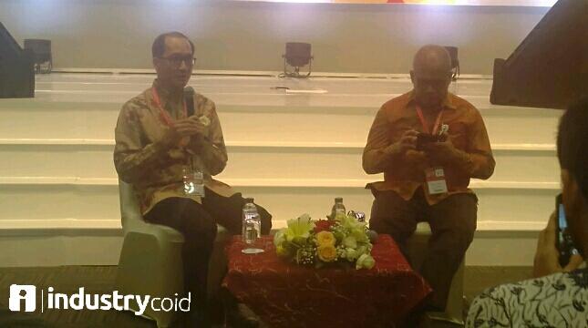 Presiden IPA, Ronald Gunawan (kiri) - (Hariyanto/INDUSTRY.co.id)