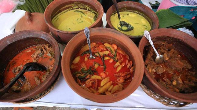 Berbagai Kuliner di Aceh Culinary Festival (Foto: facebook.com/kemenpar)