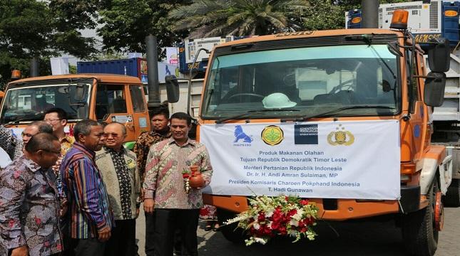 Mentan Amran Sulaiman saat menghadiri ekspor pangan olahan ke Timor Leste
