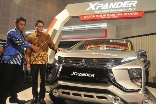 Data Gabungan Industri Kendaraan Bermotor Indonesia (Gaikindo), penjualan wholesales Mitsubishi Xpander pada April 2018 mencapai 7.097 unit, lebih tinggi dibandingkan Toyota Avanza yang berada di urutan kedua dengan penjualan sebesar 6.917 unit.