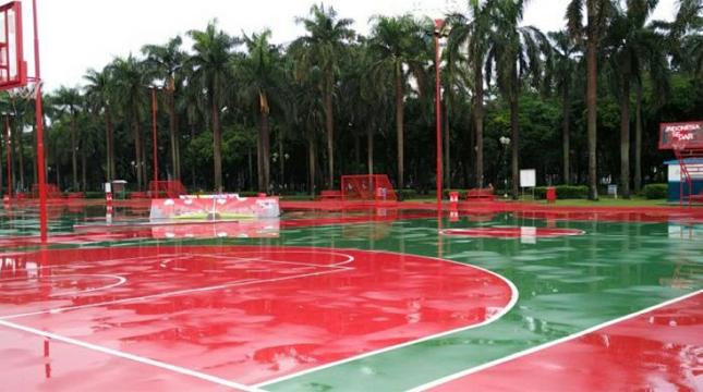Asyik, Jakarta Kini Miliki Lapangan Olahraga Gratis !