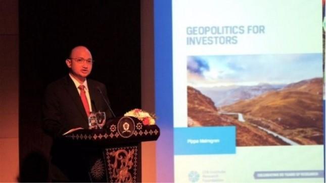 Kris Wijoyo Soepandji berikan orasi GETANKAS: Geopolitik, Ketahanan Nasional, dan Kemerdekaan Sejati (Foto: Jababeka)