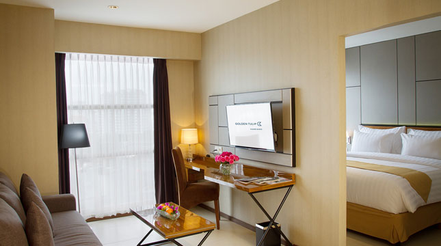 Golden Tulip Passer Baroe Club Room