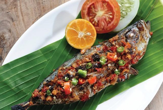 Ikan Bakar Sambal Dabu-Dabu (Foto: selerasa.com)