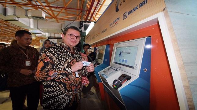 Direktur Bisnis Bank DKI, Antonius Widodo Mulyono usai peresmian program Personal Frequent Rider