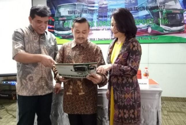 Direksi PTLorena, Solon Aprin Tarigan, Dwi Rianta Soerbakti, Herlisa Dessy H. Silalahi (FotoAbe)