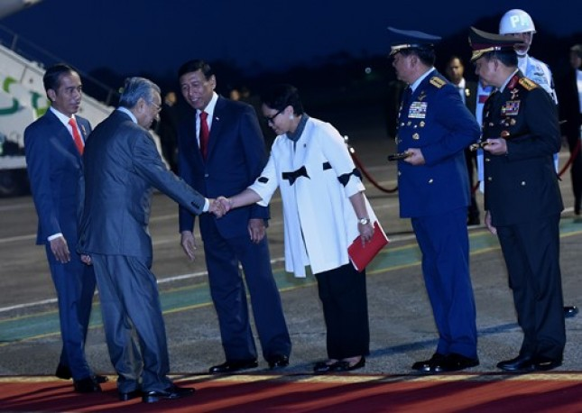 Presiden Jokowi dan PM Malaysia Mahathir Mohammad (Foto Setkab)