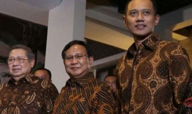 Ketum Gerindra Praboso Subianto dan AHY (Foto Dok Industry.co,id)