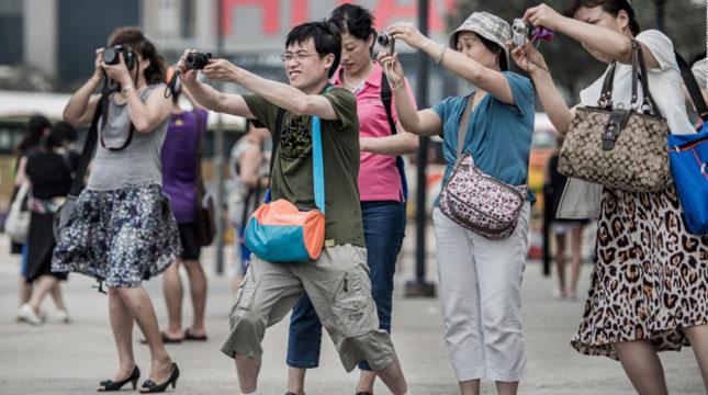 Ilustrasi Wisatawan Mancanegara dari Tiongkok (Foto:rayapos)