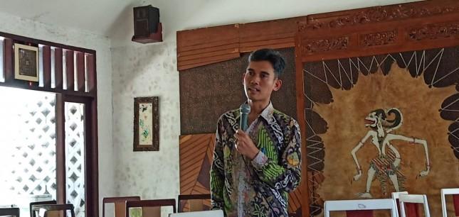 Asrorun Niam, Deputi Bidang Pengembangan Pemuda Kemenpora
