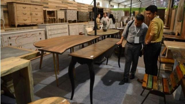 Pameran industri mebel dan produk kerajinan Indonesia/ Indonesia Internasional Furniture Expo (IFEX )