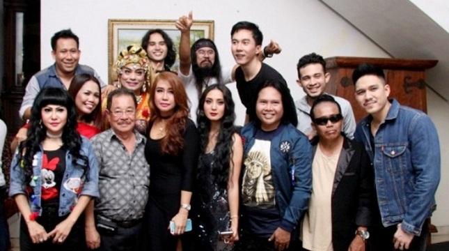 Penyanyi dan Artis Pendukung Video Klip Mengapa Harus Jumpa