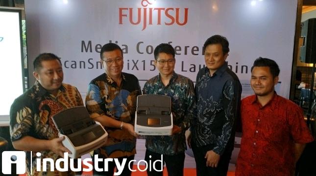 Fujitsu Hadirkan Scanner Berteknologi AI