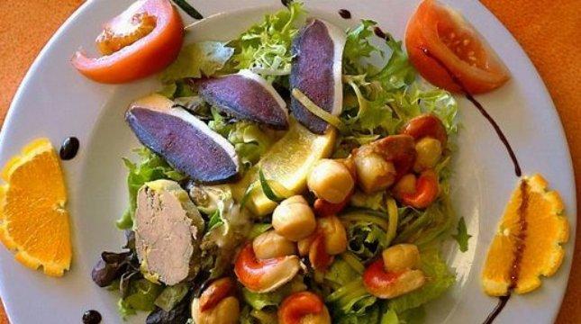 Ilistrasi makanan Prancis. (J. D. Dallet Therin-Weise)
