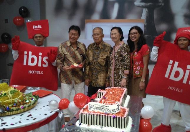 Ibis Jakarta Harmoni Rayakan Ulang Tahun Pertamanya, Jumat (3/3/2017)