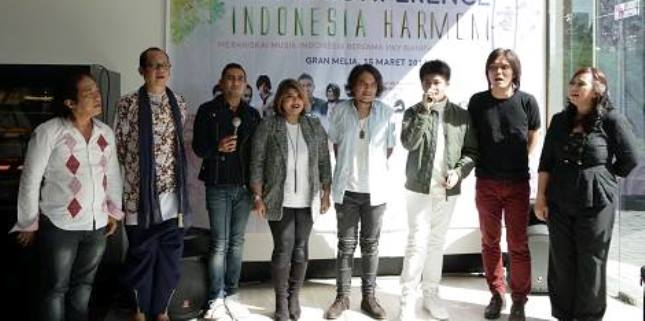 """Para Pendukung Konser """"Indonesia Harmoni"""""""