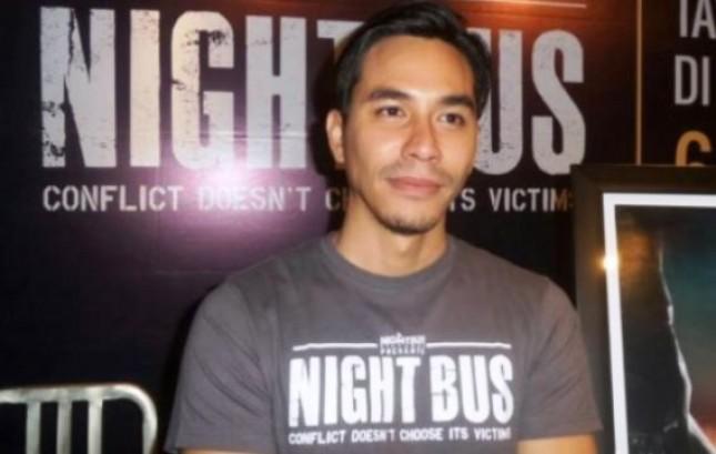 "Darius Sinathrya, Produseri Film Berskala Internasional ""Night Bus"""