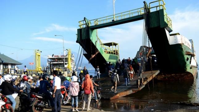 Ilustrasi tranportasi kapal feri. (Sonny Tumbelaka/AFP/Getty Images)