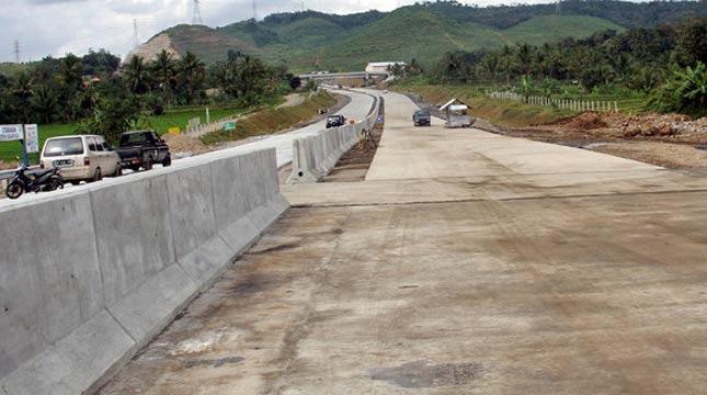 Ruas Tol Brebes-Semarang-Batang (heta)