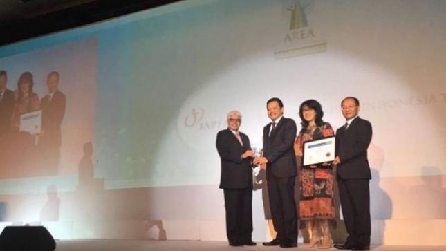 Empat perusahaan asal Indonesia menerima penghargaan Asia Responsible Entrepreneurship Award (AREA) 2017. PT Japfa Comfeed Indonesia Tbk menjadi salah satunya yang menerima penghargaan dengan kategori Health Promotion (Kompas/ SRI NOVIYANTI)
