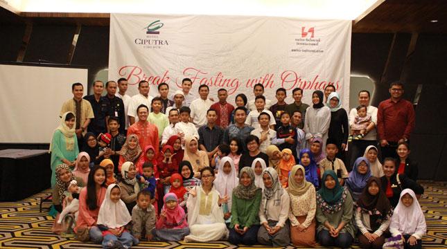 Hotel Ciputra Cibubur Berbagi Kebahagiaan Melalui Acara Buka Bersama dengan Anak Yatim Piatu