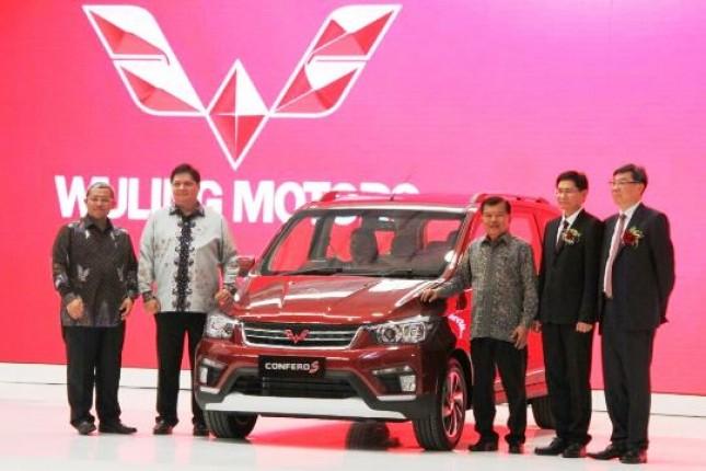 Wapres JK-Menperin Airlangga Hartarto Peresmian Pabrik PT. SGMW Motor Indonesia di Cikarang (Foto Humas)