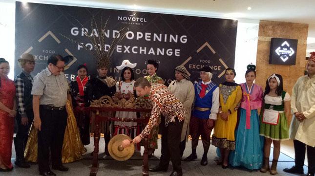 Grand Opening Food Exchange Novotel Mangga Dua Square, Jakarta (Chodijah Febriyani/Industry.co.id)