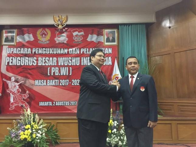 Menteri Perindustrian, Airlangga Hartarto saat dilantik menjadi Ketua Umum PB Wushu Indonesia Masa Bakti 2017-2021