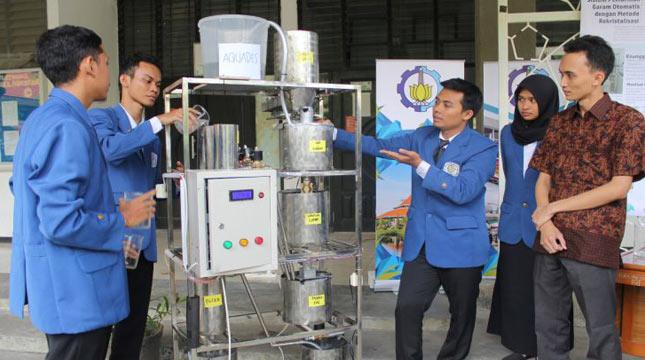 Lima Mahasiswa ITS Ciptakan Mesin Pemurnian Garam