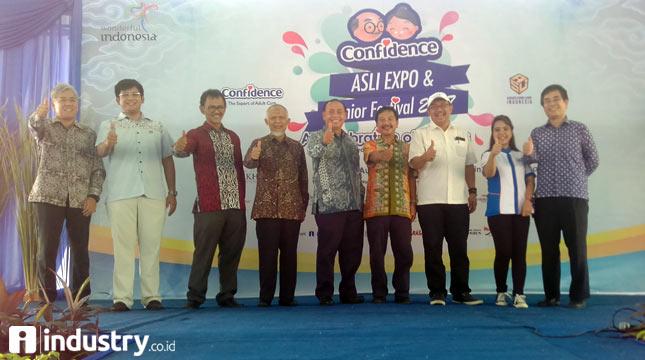 Confidence Asli Expo dan Senior Festival 2017 di gelar di Senior Living D'Khayangan (Hariyanto/INDUSTRY.co.id)