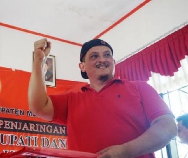 Aktor Film Laga Clift Sangra Daftar Bakal Cawabup Magelang (Foto Tribunnews)