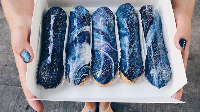 Kue yang Bertemakan Galaksi (Foto:boredpanda)