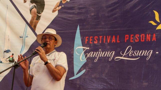 Gubernur Banten Wahidin Halim Saat Pembukaan FPTL 2017 di Tanjung Lesung. (INDUSTRY.co.id/Irvan AF)