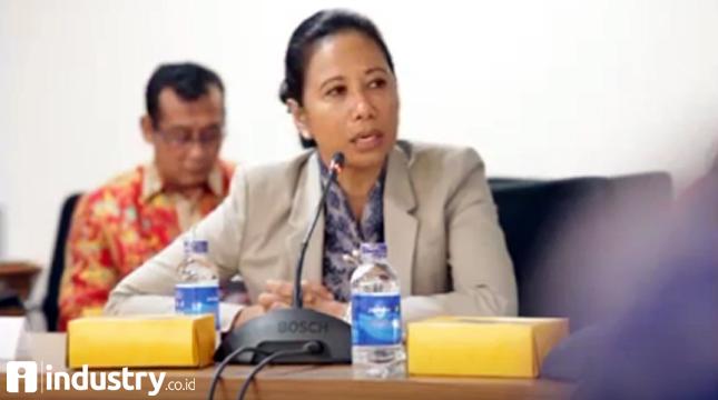 Menteri BUMN Rini Soemarno (Hariyanto/ INDUSTRY.co.id)