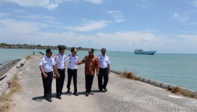 Menhub Budi Karya Sumadi Minta Pelindo III Kelola Pelabuhan Penyeberangan Kalianget (Foto Humas Kemenhub)