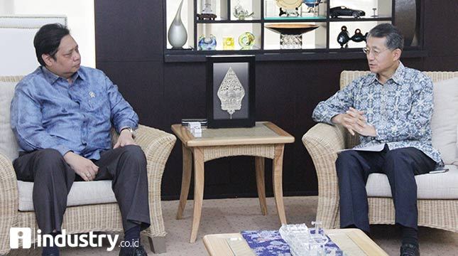 Menteri Perindustrian Airlangga Hartarto dan Dubes Korea Untuk Indonesia