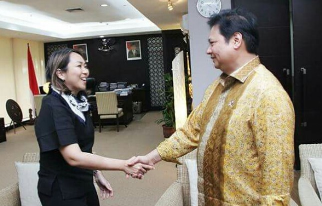 Vice CEO PT Pan Brothers menemui Menperin Airlangga Hartarto