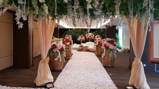 EXQUISITE Wedding Package dari Holiday Inn Express Jakarta International Expo
